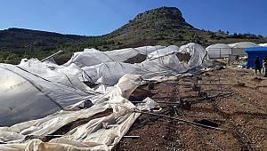Fırtına Karaman'daki seraları vurdu