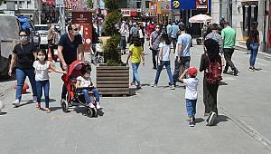 Karaman'da 14 yaş altı çocuklar sokağa çıktı