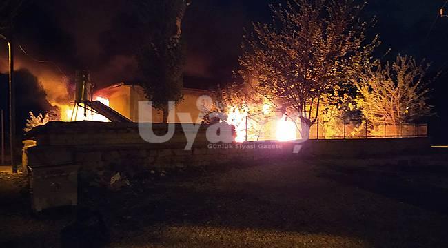 Karaman'da camide korkutan yangın