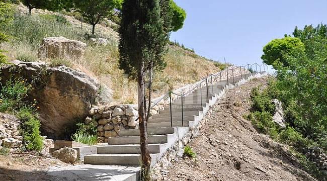 Merdiven yapım çalışmaları tamamlandı