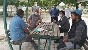 CHP dolu yağışından etkilenen çiftçileri ziyaret etti