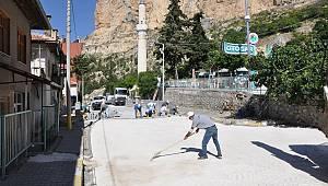 Ermenek'te parke yenileme çalışmaları devam ediyor