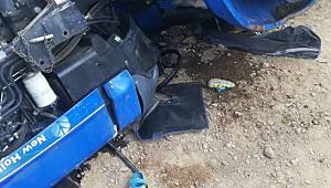 Traktörün altında kalan dede ve torunu ağır yaralandı