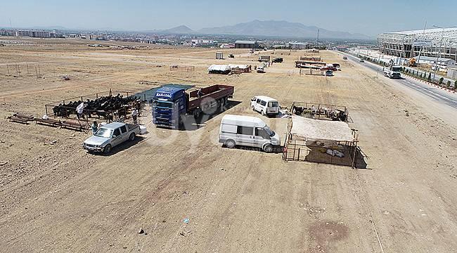 Karaman'da kurban satış ve kesim yerleri belirlendi