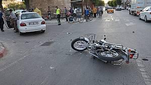Karaman'da otomobil ile motosiklet çarpıştı: 2 yaralı