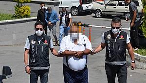 Karaman'da sayaçları yavaşlatacağız diyerek çiftçileri dolandıran zanlılar tutuklandı