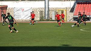 Karaman Belediyespor Konya Spor ile hazırlık maçı yaptı