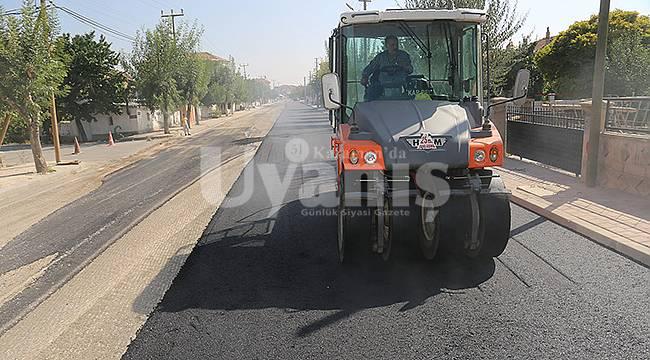 Karaman'da asfalt, kaldırım ve yol yapım çalışmaları devam ediyor