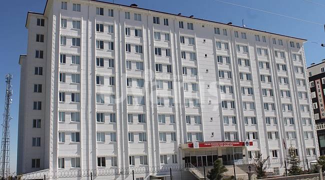 Karaman'da evde izolasyon imkanı olmayanlar yurtlara yerleştirilecek
