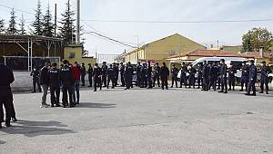 Karaman'da kavgayı ayırmaya çalışan gardiyan silahla yaralandı