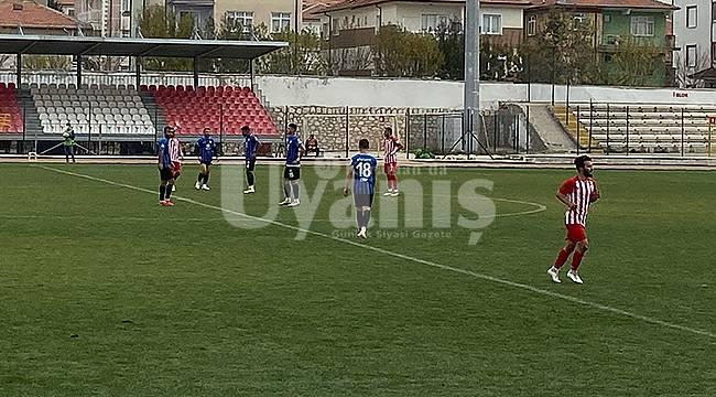 Karaman Belediyespor kendi evinde kazandı 2-0