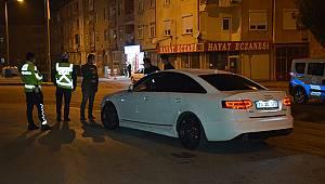 Karaman'da direksiyon başında kalp krizi geçiren sürücü hayatını kaybetti