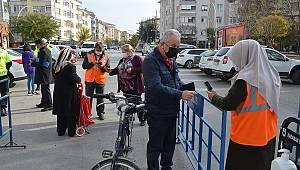 Karaman'da semt pazarında önlemler artırıldı
