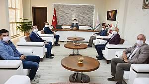 Türk Eğitim Sen'in Yeni Yönetiminden Çalışkan'a Ziyaret
