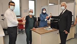 Kurşun sağlık çalışanlarını unutmadı