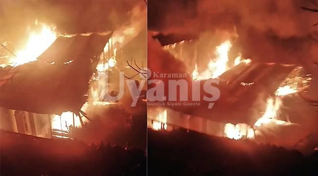 Karaman'da 3 ev alev alev yandı