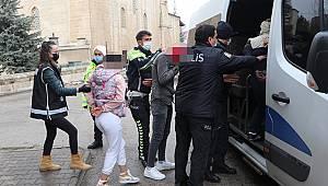 Karaman'da 550 polisle şafak vakti büyük operasyon