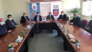 Ak Parti Teşkilatından Ticaret Borsası Ve TSO'ya Ziyaret