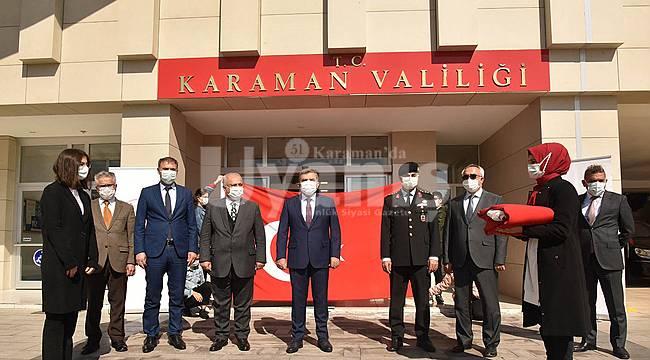 İç Anadolu'yu Bölgesini Dolaşan Ay Yıldızlı Şanlı Bayrağımız Karaman'da Teslim Alındı