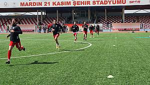Karaman Belediyespor 10 kişi kalan Mardin Spor'a 1-0 yenildi