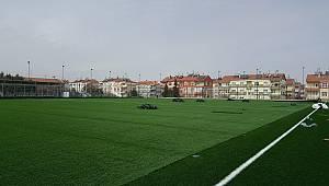 Karaman'da Futbol Sahalarında Çalışmalar Devam Ediyor