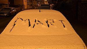 Karaman'da kar yağışı kenti beyaza bürüdü