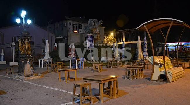 Karaman'da kısıtlama başladı sokaklar boş kaldı