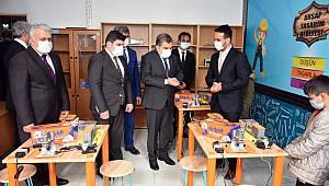 Vali Işık, Kâzımkarabekir Ortaokulunda Açılış Gerçekleştirdi