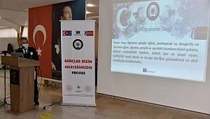"""Karaman'da """"Gençler Bizim Geleceğimizdir"""" projesi tanıtıldı"""