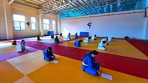 Karaman'da Judo Sporcularının Kuşak Sınavı Heyecanı