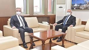 KMÜ Rektörü Namık Ak, Konya Teknik Üniversitesi Rektörünü Ağırladı