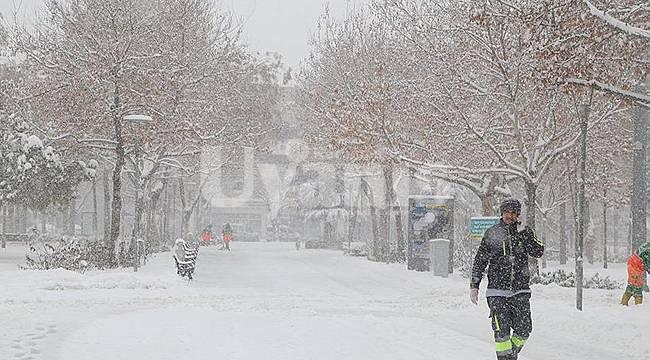 Meteoroloji'den Karaman için Yoğun Kar Yağışı Uyarısı