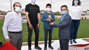 Satranç Turnuvasında Derece Alan Öğrencilerin Ödülleri İl Müdürü Çalışkan'dan