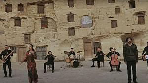 Yunus Yılında Yunus'un Şiirleri Karaman'da Müzik Sevdalılarıyla Hayat Buluyor