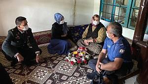 Sarıveliler'de Şehit Anneleri Özel Günlerinde Unutulmadı