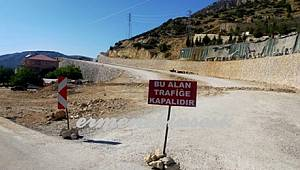 Seycan Hemşireye Mezar Olan O Yol Trafiğe Kapatıldı