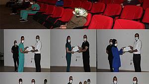 Yoğun Bakım Hemşireliği Sertifika Eğitimini Başarıyla Tamamlayanlara Belgeleri Verildi
