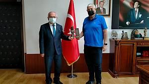 Ahmet Ve Nezahat Keleşoğlu Vakfı'ndan Rektör Namık Ak'a Ziyaret