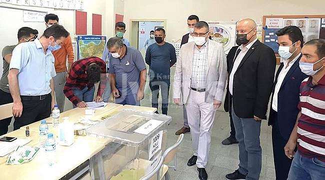 Karaman'da üç mahallede muhtarlık seçimi yapıldı
