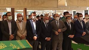 Karaman Valisi Işık'ın Kayınvalidesi Konya'da Toprağa Verildi