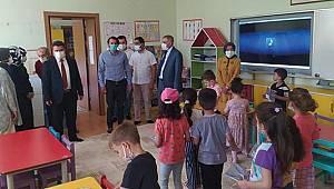 Başyayla Belediye Başkanı İpek'ten Okullara Ziyaret