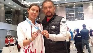 Karaman'da Edebiyat Öğretmenliği Yapan Emine Altun, Avrupa Para Tekvando Şampiyonası'nda 3'ncü Oldu