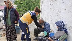 Karaman'da Kapı Kapı Gezerek Aşılama Yapıyorlar