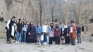 Karamanlı Kadın Çiftçiler Aksaray'a Eğitim Gezisine Çıktı