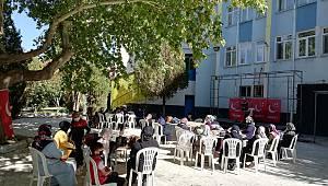 Saadet Partisi Kadın Kolları'ndan mahalle başkanları buluşması