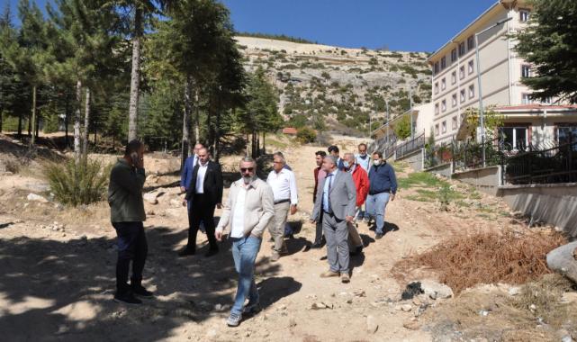 Ermenek Belediye Başkanı Zorlu Kmü'yü Gezdi