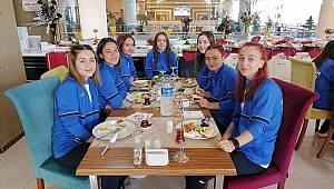 Hentbolcu Kızlar Bolu Deplasmanına Hazırlanıyor