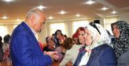 Ak Parti Kadın Kolları, Belediye Başkanı Ertuğrul Çalışkan'ı...
